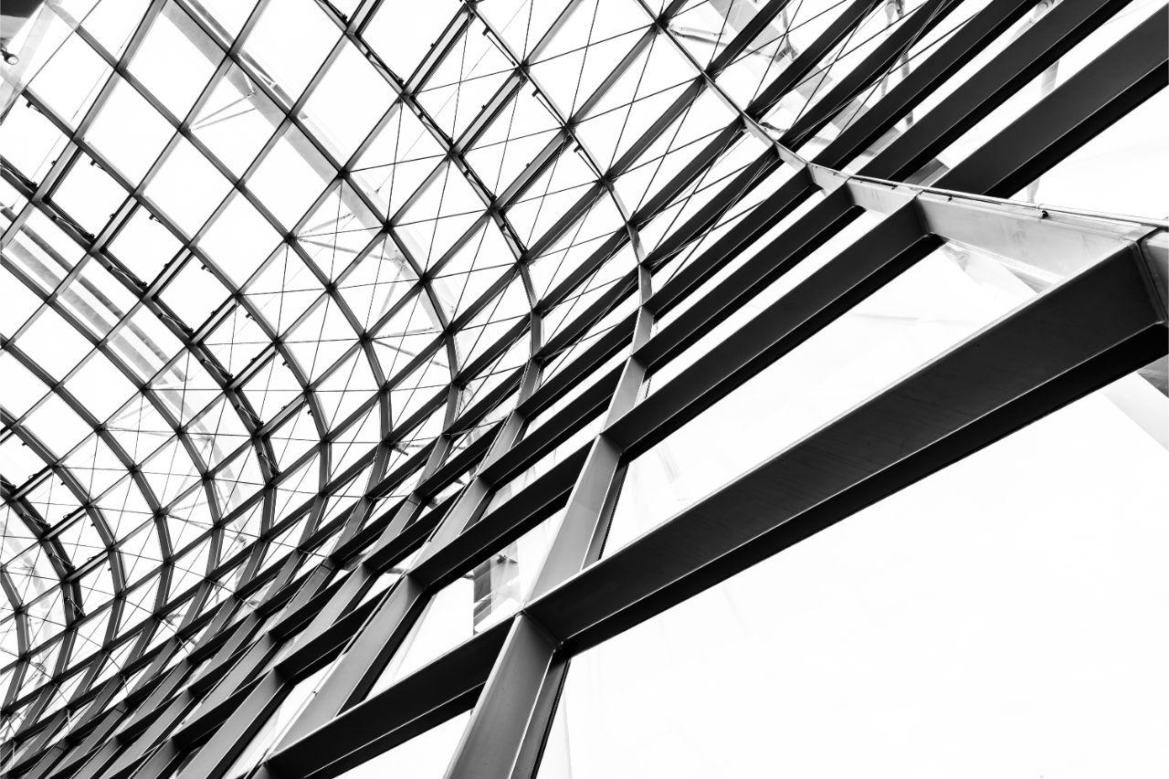 Крыша со стальными швеллерами