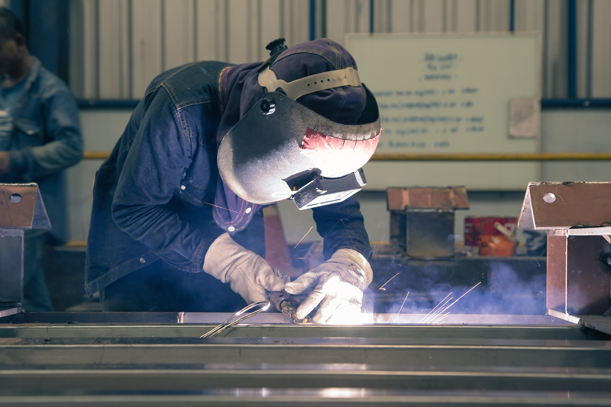5 Tools Used for Metal Fabrication